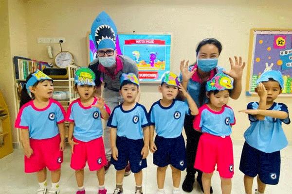 """保护海洋,从我做起!记PIOK""""世界海洋日""""主题教学活动"""
